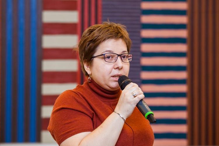 Нюта Федермессер позаботится о людях с психиатрическими расстройствами в Хабкрае