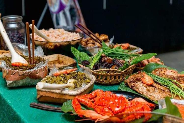 Лосось и кухня коренных народов: новый рацион хабаровских военных