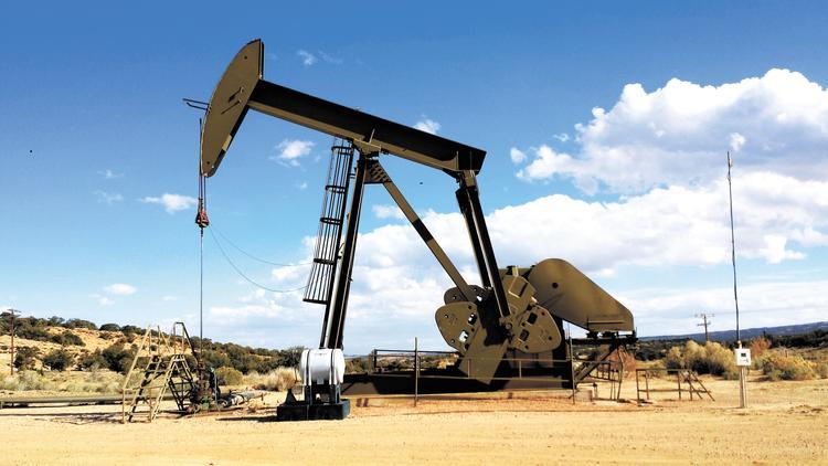 Американцы тоже начали сокращать добычу нефти