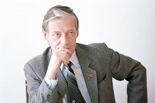 Умер романтик перестройки, бывший заместитель Ельцина в Верховном Совете СССР Михаил Бочаров