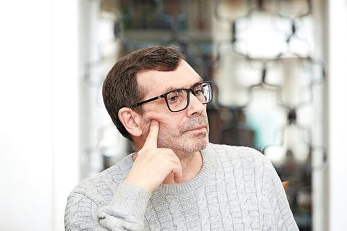 «Любовное чтиво» Павла Басинского: несерьезный эксперимент серьезного автора