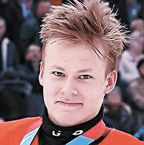 Новая восходящая звезда российского хоккея Матвей Мичков может побить рекорды Александра Овечкина