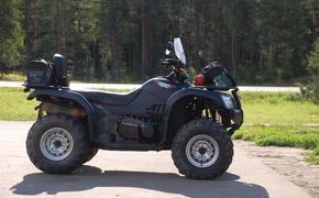 12-летний житель Урала разбился насмерть, катая своего отца на квадроцикле