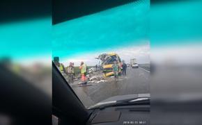 Авария произошла утром на трассе Керчь – Феодосия: столкнулись фура и пассажирский автобус