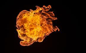 """На  заводе """"Рубин"""" в подмосковной  Балашихе после  взрыва начался пожар"""