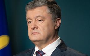 """Порошенко заявил, что готов и дальше """"тянуть плуг"""" Украины в НАТО и Евросоюз"""
