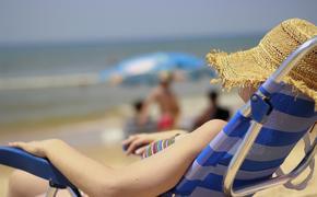 Ученые назвали лучший способ уберечься от переедания в отпуске