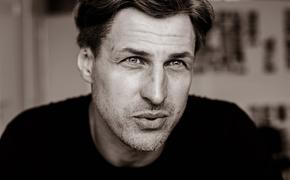"""Актер Игорь Ботвин: """"Я перестал ходить в мужской монастырь, когда некто из служителей стал трогать меня за гениталии"""""""