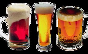 """""""Отдают предпочтение пиву"""": Россияне начали экономить на выборе алкогольных напитков"""