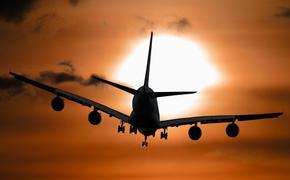 В аэропорту Петербурга самолёт совершил аварийную посадку