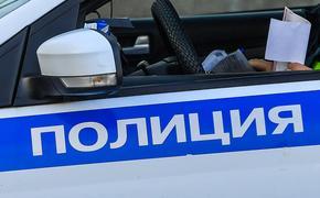 В здание Театра российской армии в Москве врезалась иномарка, погиб человек
