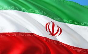 """Иран заявил о возможности отправить авианосцы США на дно при помощи """"секретного оружия"""""""
