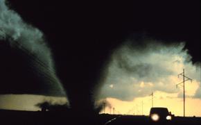 Торнадо унес жизни двух человек в штате Оклахома