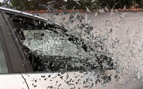 На 24-м километре МКАД образовалась пробка из-за ДТП. Столкнулись сразу пять автомобилей