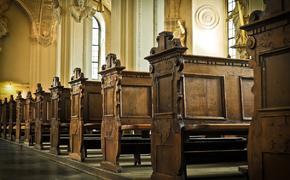 В Латвии проходят обыски в католических церковных общинах
