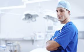 В День медика Медведев оставил поздравление для всех медицинских работников