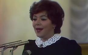 Несмотря на запреты врачей она продолжала петь, но рак и смерть мужа лишили Майю Кристалинскую голоса