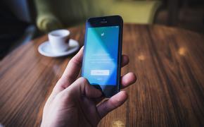 """""""Ъ"""": в школьные анкеты будут вноситься данные о соцсетях"""