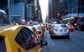 В Новой Москве таксист напал на коллегу с ножом
