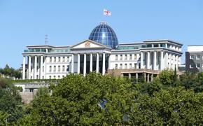 Президент Грузии призывает сохранить туристический поток из России