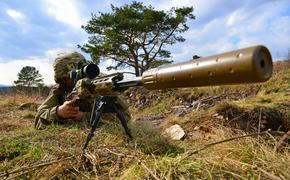Работа созданной в ДНР самой мощной снайперской винтовки в мире попала на видео