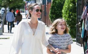 Младшая дочь Джоли и Питта Вивьен похожа на своего красавца-отца
