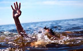 В Крыму турист спас женщину, но сам утонул