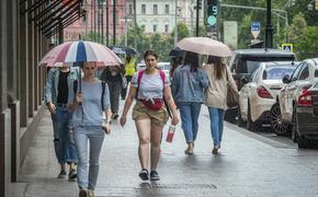Синоптики предупреждают об обильных дождях и грозах в ЦФО