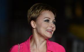 47-летняя актриса Дарья Повереннова поделилась рецептом борьбы с лишним весом