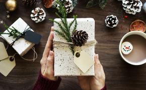 Специалист по этикету научила, как делать внезапные подарки
