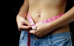 Диетолог рассказала, как уберечь подростков от анорексии