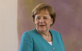 Меркель заявила, что хочет улучшить отношения с Россией