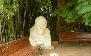 В Крыму суд повелел  поставить бюст Ленина вместо скульптуры богини Флоры