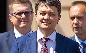 Пенсионерка призвала сторонника Зеленского перестать играть и начать работать
