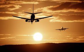 Boeing 735 вернулся в аэропорт вылета из-за неполадок