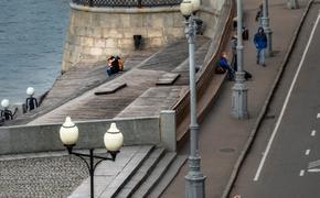 Обнаженный мужчина устроил пробежку в Парке Горького