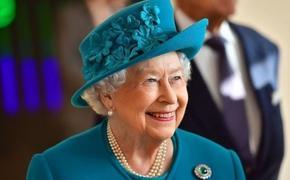 Елизавета II хочет срочно встретиться с новым премьером, чтобы отдохнуть с семьей