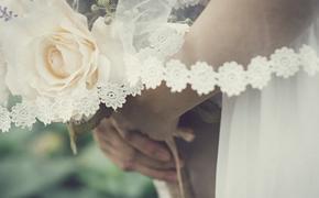Подруги Надежды Оболенцевой выложили в сети фото с ее свадьбы с Резо Гигинеишвили