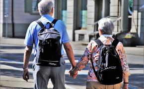 Медики считают, что активные интимные отношения и любимая работа могут продлить жизнь
