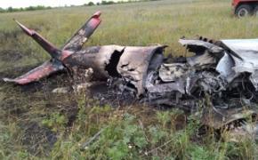Погибшему при жесткой посадке самолета  Як-55 пилоту было 49 лет