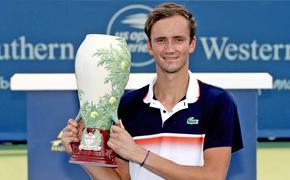 Даниил Медведев стал чемпионом турнира в США  и пятой ракеткой мира