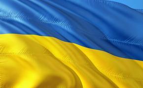 Украинские политики обиделись на Макрона из-за публикации на русском языке