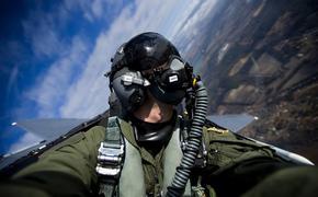 Видео: российские летчики показали новую фигуру высшего пилотажа