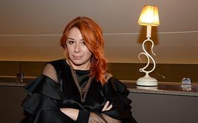 Алёна Апина перед юбилеем опубликовала смелое фото и попросила простой подарок