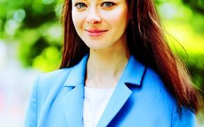 Актриса Марина Александрова показала фото своих лучших подруг - мамы и дочки