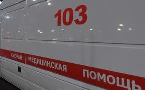 """В Москве машина """"скорой помощи"""" столкнулась с автобусом и легковушкой"""