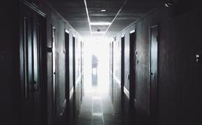 Пациент провел более двух суток в подвале красноярской больницы