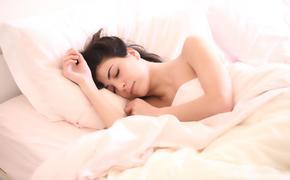 Врач назвал способ, позволяющий уснуть за минуту