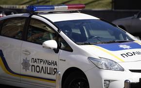 Автомобиль протаранил  толпу протестующих в Одессе