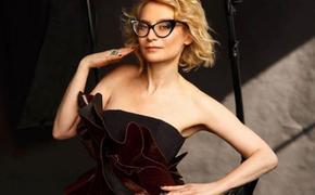 Эвелина Хромченко показала женский костюм, который подойдёт всем